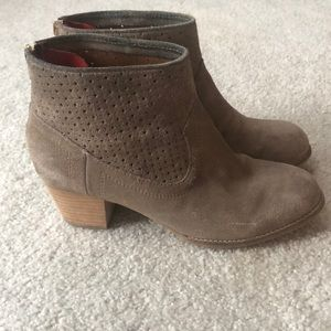 Dolce Vita perforated suede booties